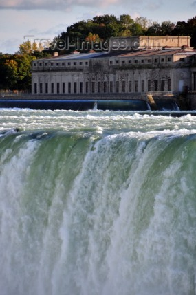 Niagara Falls, Ontario, Canada: Horseshoe Falls and Canadian Niagara Power Generating Station - hydro-electric generating plant - photo by M.Torres