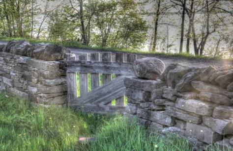amherst-island-stone-walls-3-640x480